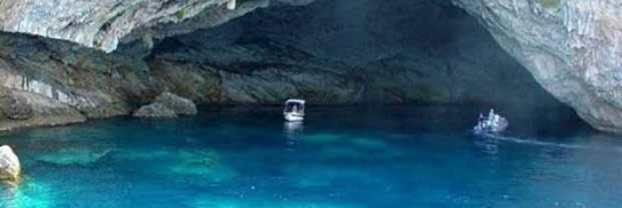 Στη Λευκάδα το μεγαλύτερο ενάλιο σπήλαιο στο κόσμο